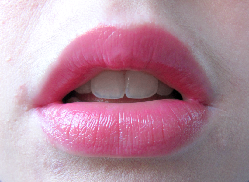 revlon-colorburst-lip-butter-sweet-tart-swatch-southern-charmed-blog