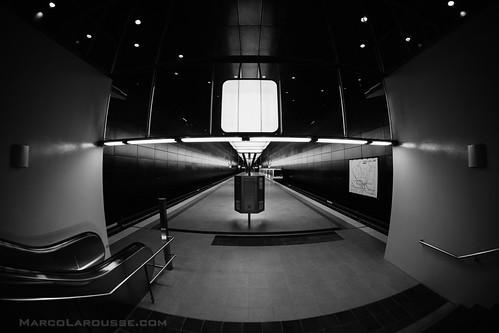 Hamburg U4 Underground Station = Space Station - Fuji X-Pro 1