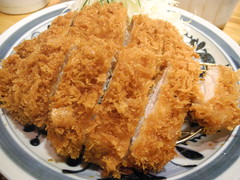 fried prawn(0.0), chicken fingers(0.0), pakora(0.0), meal(1.0), tonkatsu(1.0), frying(1.0), deep frying(1.0), panko(1.0), fried food(1.0), katsudon(1.0), seafood(1.0), meat(1.0), korokke(1.0), food(1.0), crispy fried chicken(1.0), dish(1.0), cuisine(1.0), fried chicken(1.0), fast food(1.0),