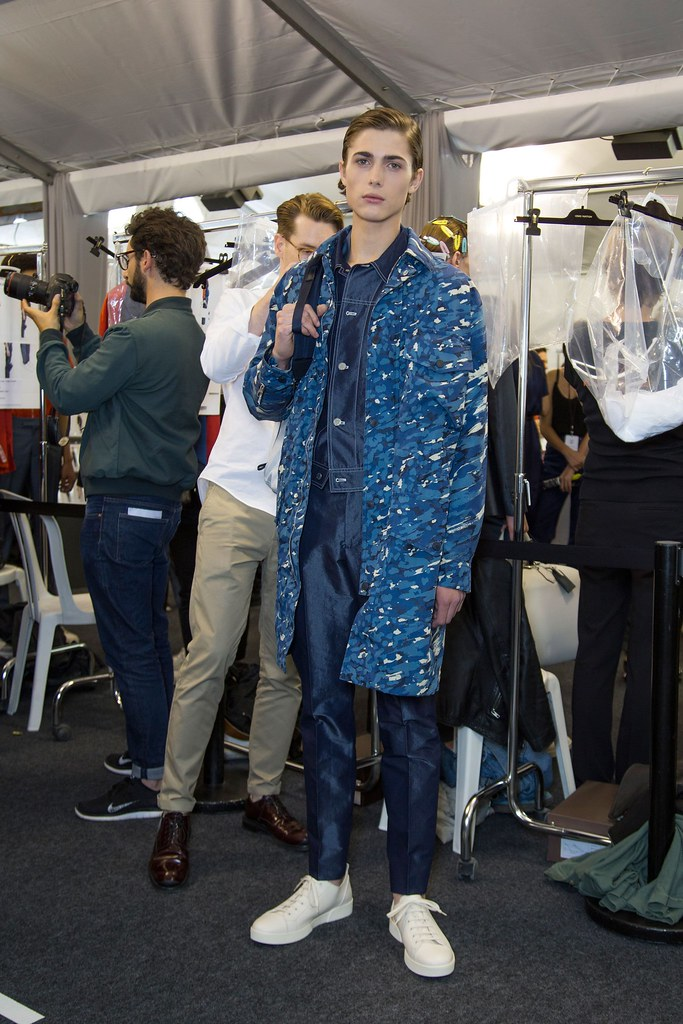 Paul Fontanier3049_SS16 Paris Louis Vuitton(fashionising.com)