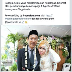 Ahihihi... No comment aaah... 😀😅😉 From the wedding of Hamida & Bagas at Yogyakarta, August 1, 2015. Wedding photo by @Poetrafoto, visit http://wedding.poetrafoto.com and http://fb.com/poetrafoto for more wedding photos 👍