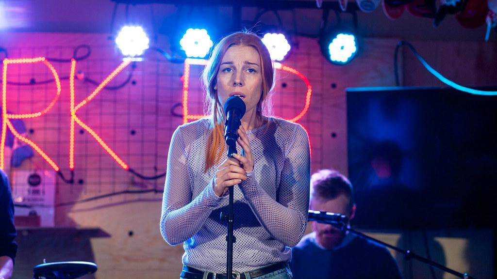 Gabrielle hos Christine - by:Larm 2017. Foto: Nicolay Woldsdal, NRK P3