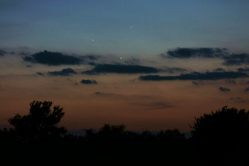 Jupiter Venus & Mercury conjunction from between Corsicana and Waco, Texas