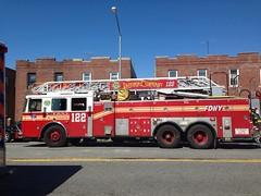 FDNY Ladder Company 122