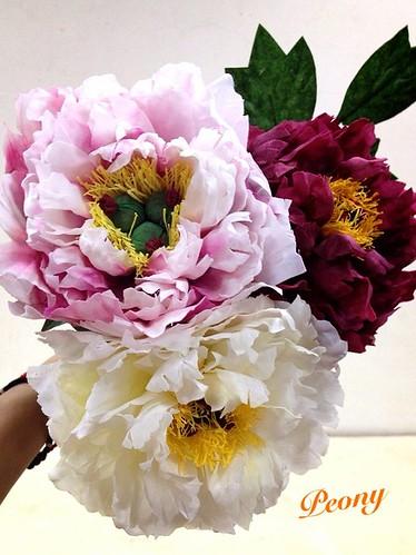 蓪草做成的牡丹花。(圖片來源:蓪草文化藝術工作室)