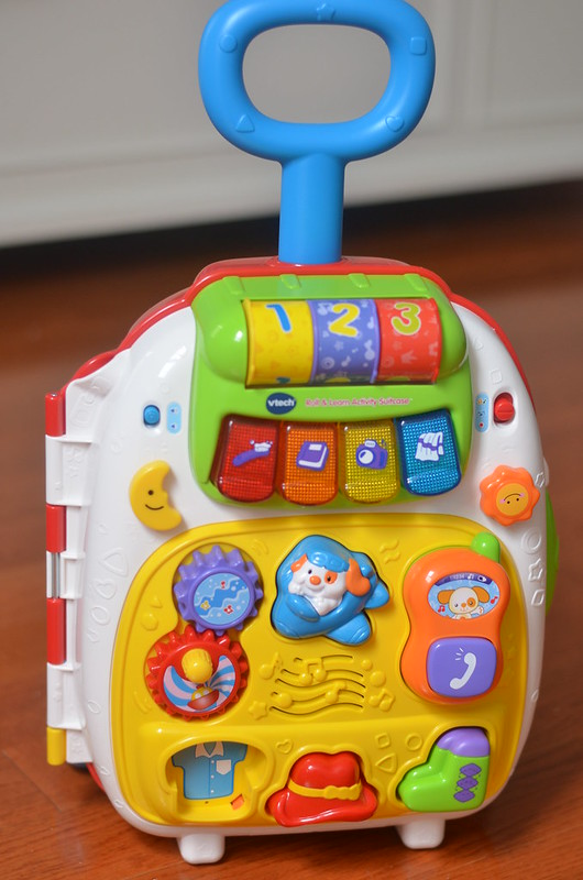 HolidayGiftGuide VTech Roll and Learn Activity Suitcase Review ...
