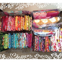 Two whole bins of #annamariahorner?! That's a lot for me! I'm going to have to destash other fabrics soon!