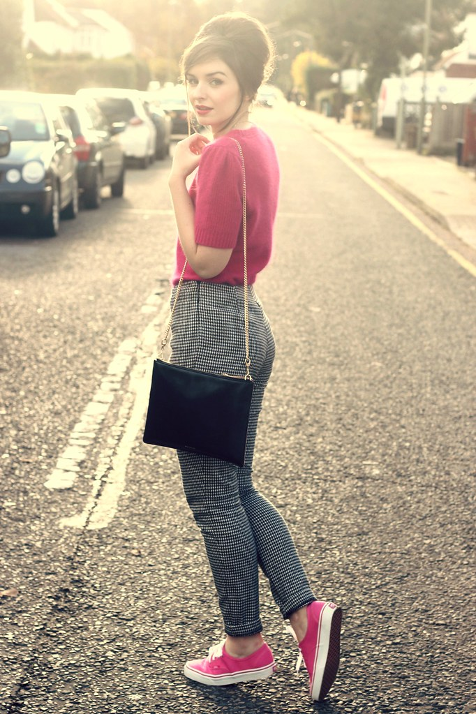 Pink Sixties Inspired Outfit