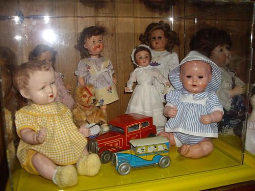 Les poupées de ma maison  11367987124_0930a449c3