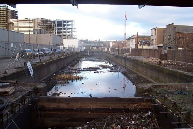2004-02-union-canal-drained-forth-canoe-club