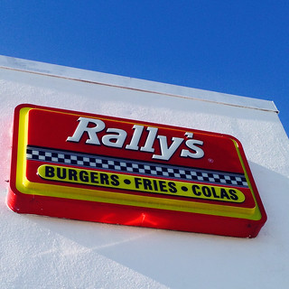 Rally's sign