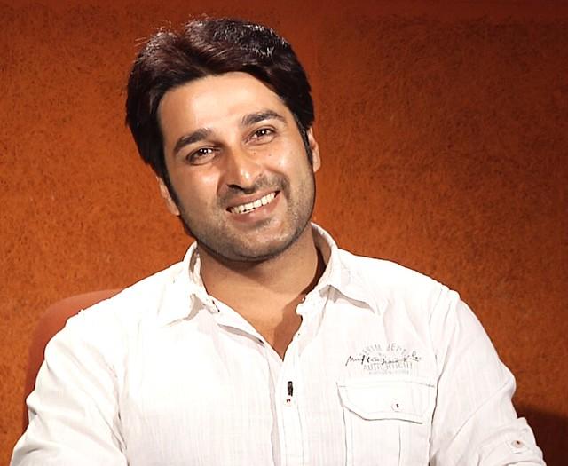 Header of Akash (actor)