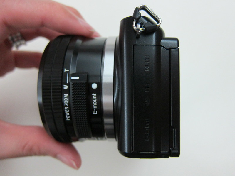 Sony NEX-3N - Ports & SD Card Slot