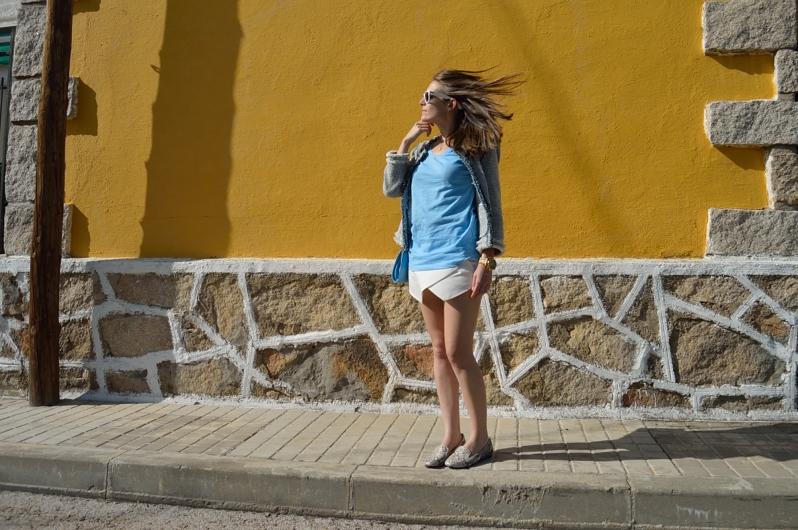 lara-vazquez-madlula-blog-look-fashion-pastel-blue-look
