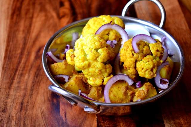 Cauliflower & Potato Curry Recipe