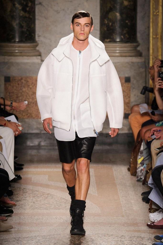 Robbie Wadge3744_SS16 Milan Les Hommes(fashionising.cm)