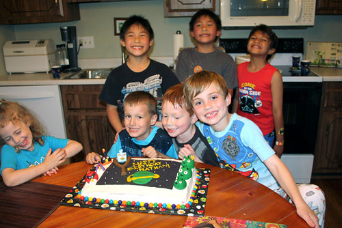 Birthday-Cake_All-Kids-with-Nat