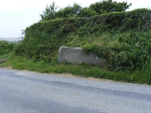 Stondin Laeth gyferbyn â Pentyparc, Llanon (hon wedi'i dymchwel ers tua 2010)