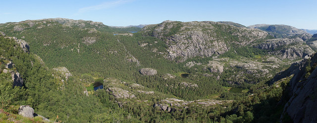 View on Trail to Preikestolen