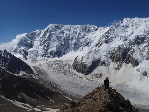 russia climbing caucasus mountaineering bezengi безенги shkhara шхара ледникбезенги пиксеменовского bezengiwall semenovskogo южномугребню