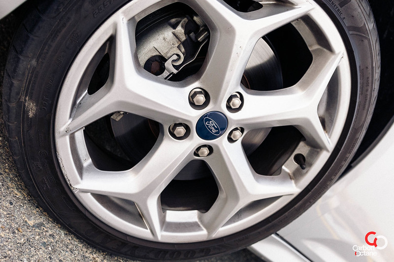 2013 - Ford Focus ST-15.jpg