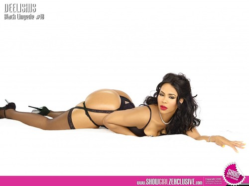 Deelishis SHOW Black Lingerie 18 pictures