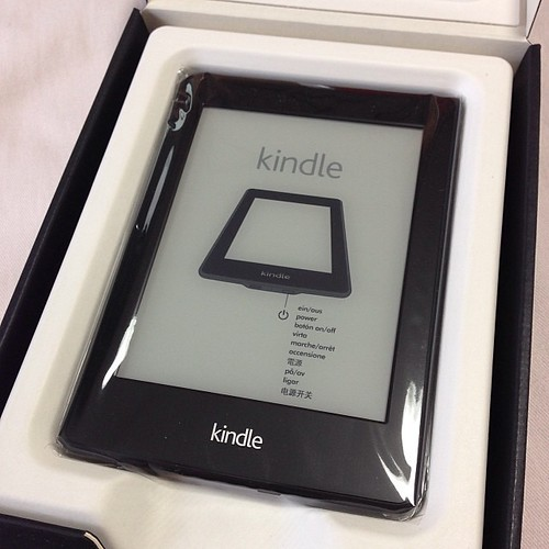 新しい kindle paperwhite キターー!