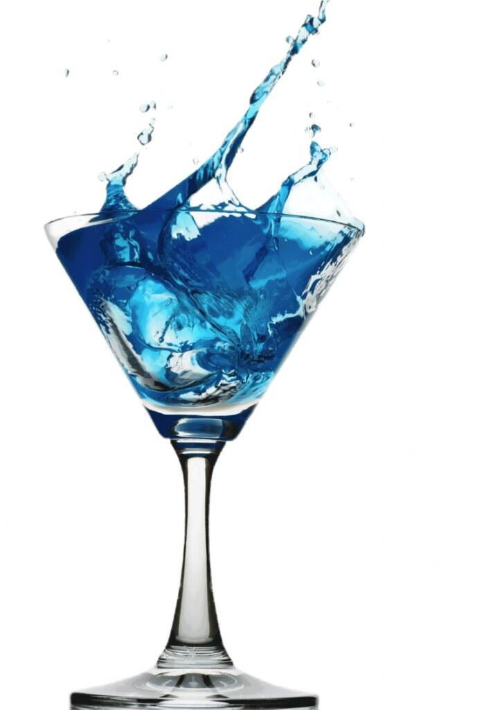 Cocktail blue lagoon la route de la vodka for Cocktail russe blanc