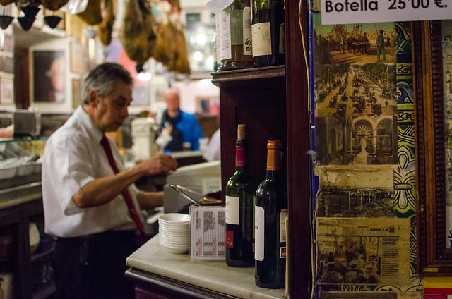 The rustic and traditional interior of Las Teresas tapas bar in Sevilla.