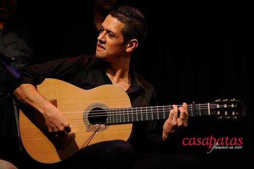 Jesús Núñez, a la guitarra junto a José Almarcha. Foto: Martín Guerrero