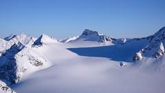 Widok z  przełęczy Pso dell Angelo (3337m) na południe - lodowiec Laaser Ferner