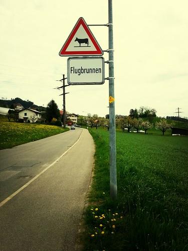 Ortsschild von Flugbrunnen, Kanton Bern