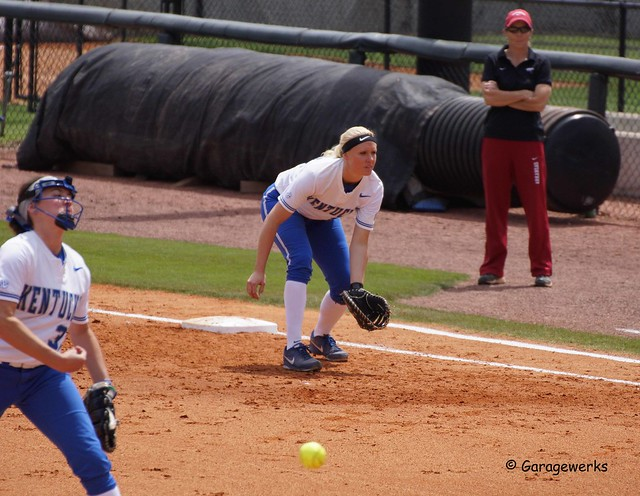 University of Arkansas Razorbacks vs University of Kentucky Softball