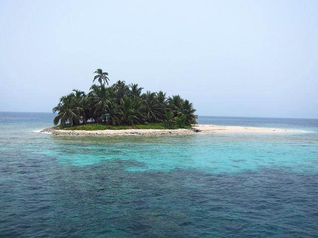 Cayos Cocinos, Honduras' Bay Islands
