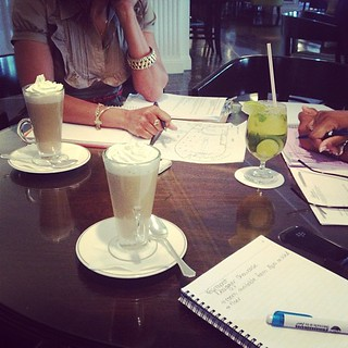 Cocoa and business meetings ☕#lifeinevents #citylife #cityfashionfestival
