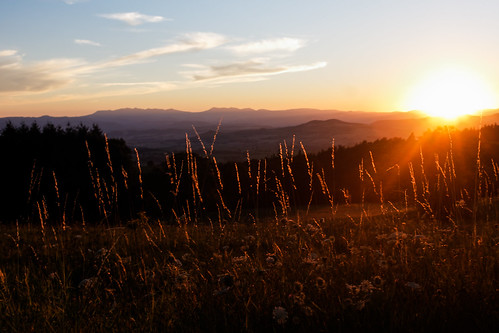 sunset auvergne puydedôme issoire régionauvergne mygearandme mygearandmepremium withringexcellence