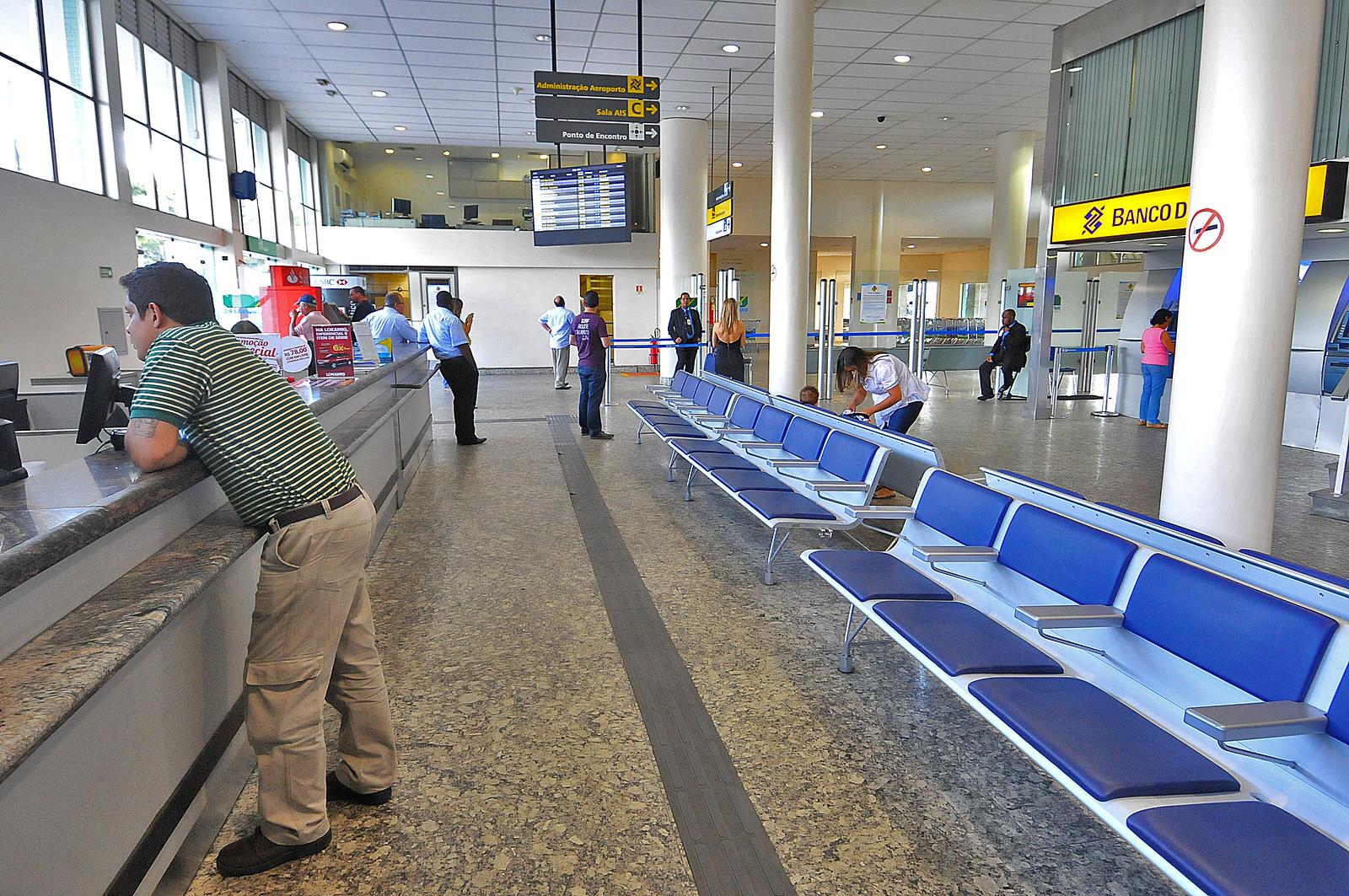 Pagina 1 - Aeroporto da Pampulha - Divino Advincula (20)