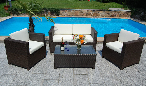 Which types of garden furniture do we like best in toronto for Outdoor furniture toronto