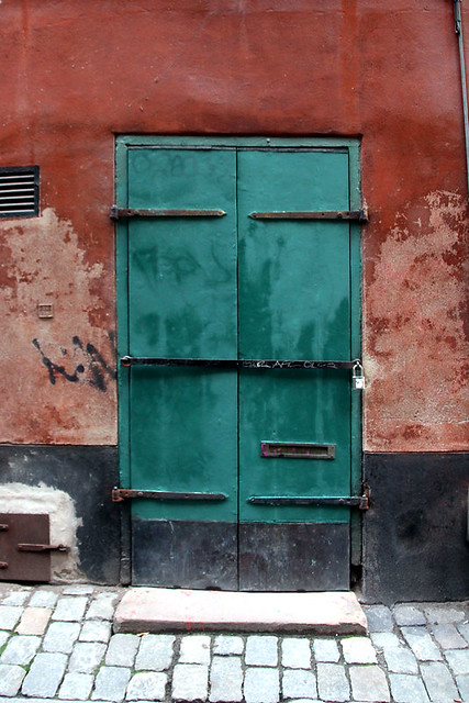 Den nymålade galleridörren