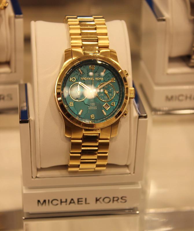 Michael Kors #watchhungerstop lisforlois