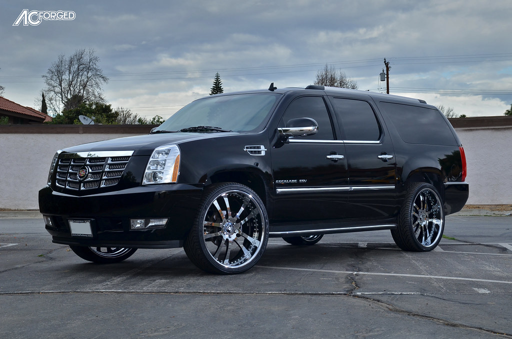 The gallery for --> Cadillac Escalade - 261.5KB