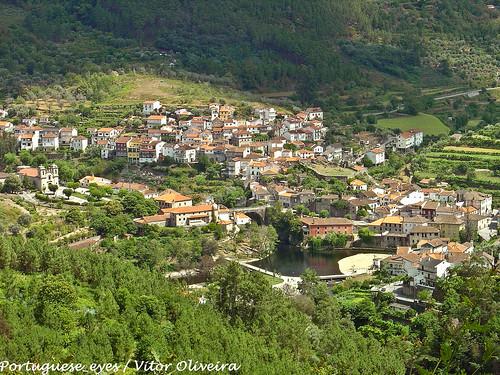 portugal geotagged avô geo:lat=40299428713446495 geo:lon=7912344932556152