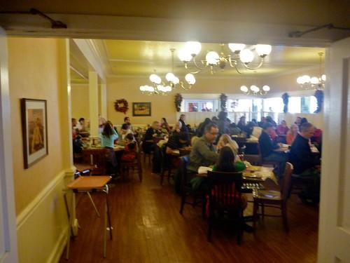Mrs. Knotts Chicken Dinner Restaurant  Dining Room - Photo By Keith Valcourt