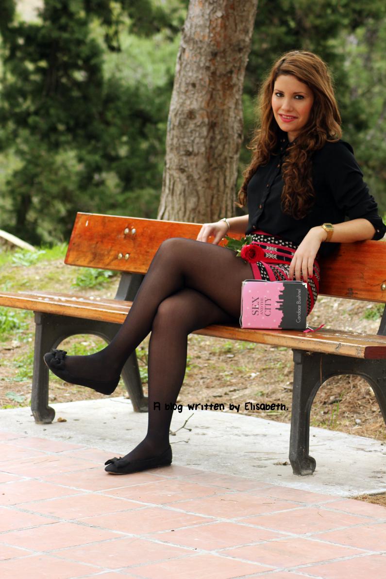 falda-azteca-y-blusa-negra-heelsandroses-(1)