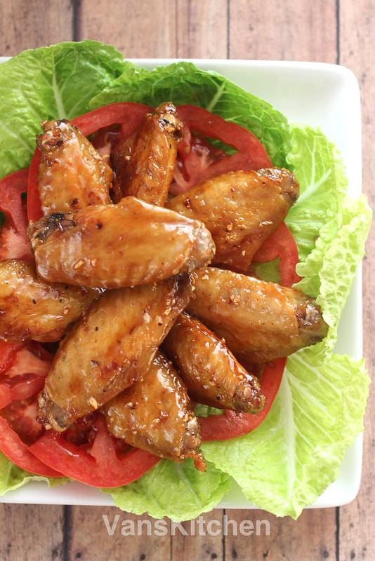 Vietnamese chicken wings (Cánh gà chiên nước mắm)
