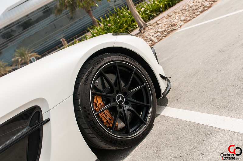 2014-mercedes-sls-black-series-front-wheel-complete