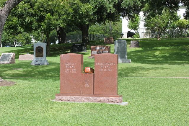 Darrell K. Royal Monument, Texas State Cemetery, Austin TX