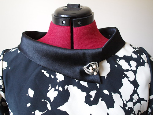 Collar Front