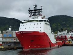 Working ships