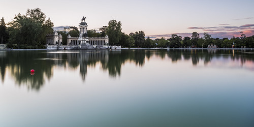 madrid parque light sky tree monument water clouds sunrise reflections lens landscape dawn pond nikon long exposure alfonso cityscape angle monumento wide first retiro xii d800